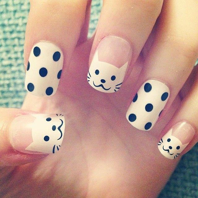 uñas decoradas blanco y negro 13