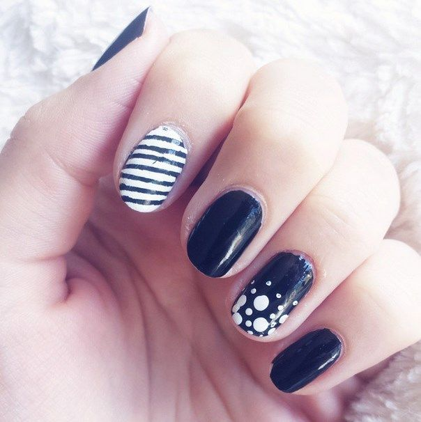 uñas decoradas blanco y negro 14